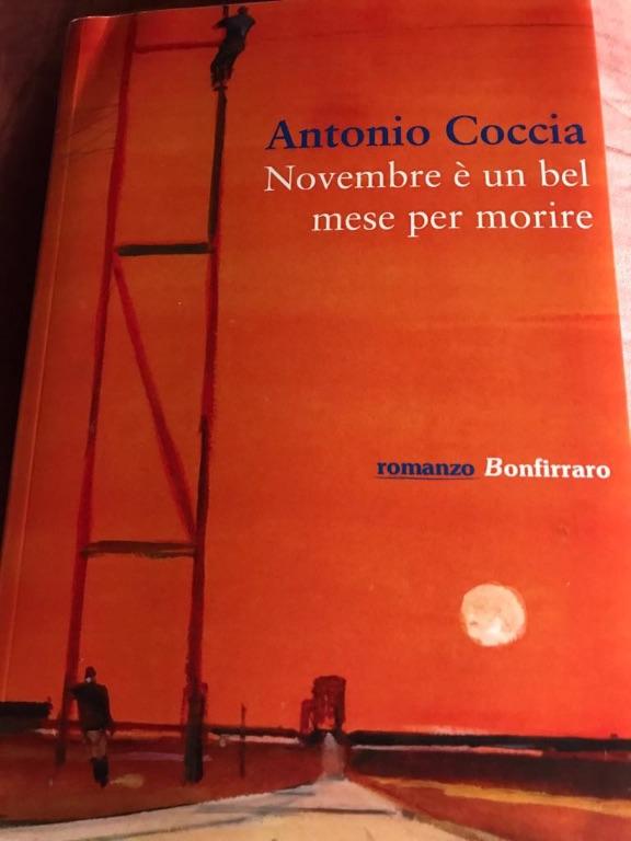 Antonio-Coccia---Novembre-è-un-bel-mese-per-morire---Bonfirraro----Le-recensioni-in-LIBRirtà