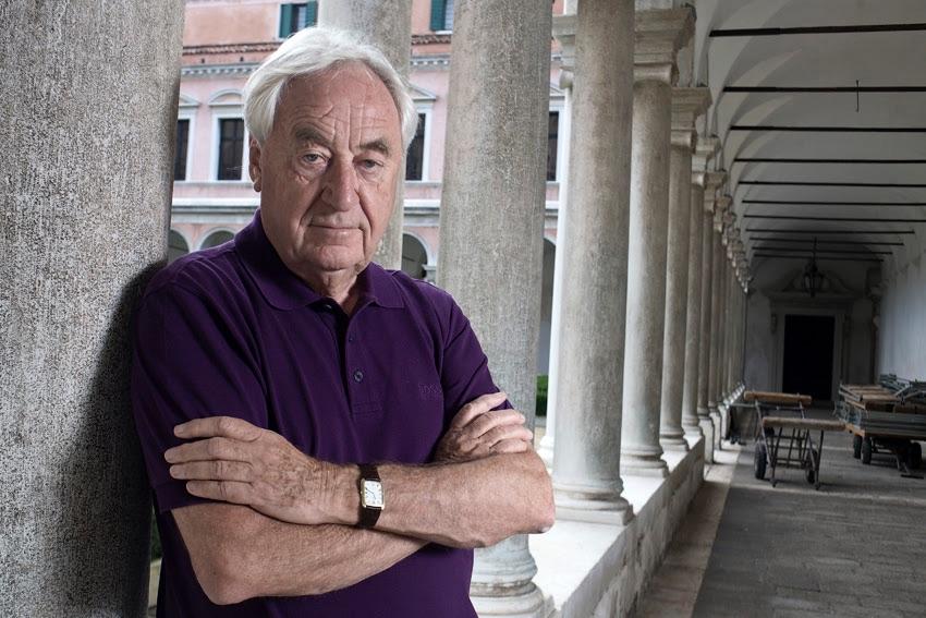 """A Cees Nooteboom il """"Premio Internazionale Elena Violani Landi"""", assegnato dal Centro di poesia contemporanea dell'Università di Bologna."""